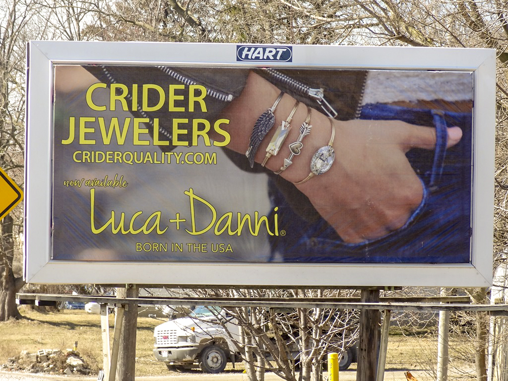 image of Crider Jewlers advertising a Luca & Danni collection